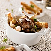 Roasted thrush with garlic toast