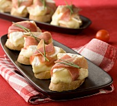 Camembert and raw ham appetizers