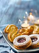 Spritzbredele and raspberry jam cookies