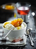 Vanilla-flavored rice pudding with apricot jam