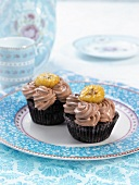 Chocolate-banana cupcakes