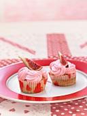 Fig-raspberry cupcakes