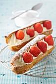 Erdbeer-Èclairs