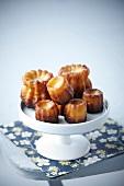 Cannelés (Mini-Küchlein mit Karamellkruste)