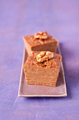 Coffee and walnut fondant