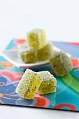Kiwi fruit pastes