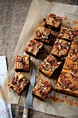 Marbled pecan brownies