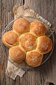 Daisy-shaped bread loaf