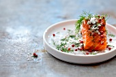 Salmon in Gravlax marinade
