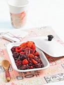 Cinnamon-flavored stewed red fruit