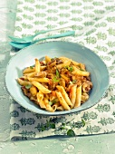 Penne with vegetable sausage stew