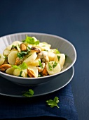 Curry-flavored potato and mussel salad