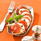 Tomato-mozzarella salad with capers and anchovies