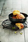 Aniseed and stewed fennel mini savoury cakes
