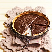 Chocolate-chestnut fondant tart