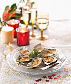 Gratinated oysters with Emmental cheese