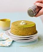 Angel Cake (luftiger Biskuitkuchen, USA) mit Matchatee