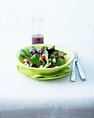 Baby spinach, raspberry and Tomme salad