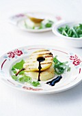 Grilled pear with hot goat's cheese and balsamic vinaigar