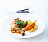 Hähnchenkeule mit Aprikosenglasur dazu Süßkartoffelspalten