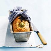 Tuna, artichoke and olive savoury cake