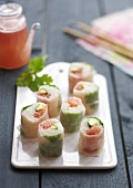 Small grape fruit makis
