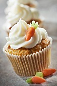 Carrot and Petit Billy cheese cupcake