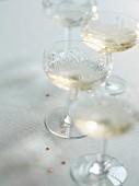 Vier Gläser Champagner