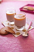 Coconut and caramel cream desserts with crunchy shortbreads