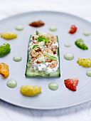 Cucumber tartlet with cream cheese and North Sea prawns, fresh fruit and cucumber coulis