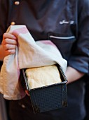 Preparing gluten-free sandwich bread