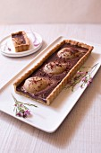 Pear-chocolate pie