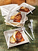 Foie gras a la plancha with pears and gingerbread