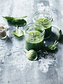 Cucumber-spinach gazpacho with sesame seeds