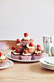 Kleine Erdbeermuffins mit Frischkäse