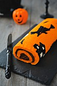 Halloween rolled log cake
