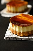 Caramel cream-style cheesecake