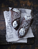 Sizilianische Cannoli mit Schokolade