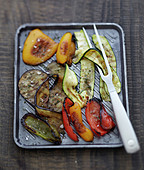 Grilled vegetables a la plancha with coarse salt