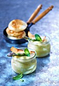 Small asparagus flan with mint