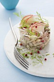 Mackerel, fennel and apple tartare with raspberry vinegar