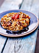 Wholemeal tagliatelles with roasted aubergines