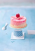 Mini Angel Cake with vanilla and raspberries