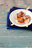 Roasted scallops with foie gras brochettes