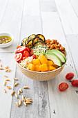 Buddha Bowl mit Gemüse