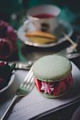 Macarons thé vert et fraises