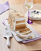 Omelette norvégienne (Eisdessert, Frankreich) mit Schokoeis