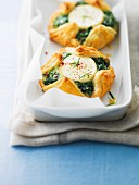 Goat's cheese-spinach puff pastry pies