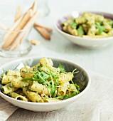 Rigatoni with rocket lettuce pesto