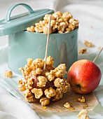 Caramelized popcorn toffee apples